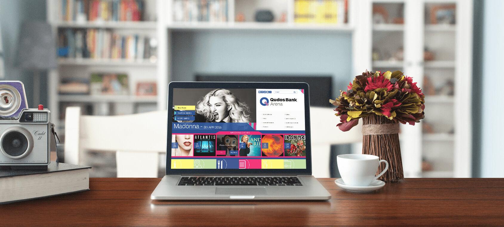 avalde-capabilities-slider-qudosbankarena-macbook